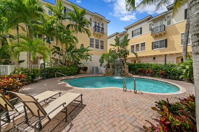 Delray Beach Townhouse For Sale: 285 SE 6th Avenue #L