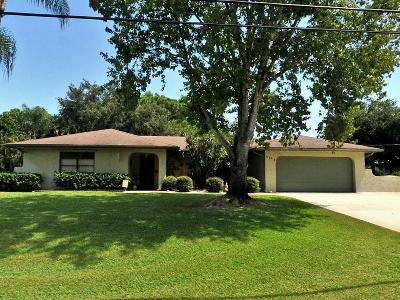 Single Family Home For Sale: 2409 SE Delano Road