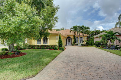 Jensen Beach Single Family Home For Sale: 4475 NW Wandering Oak Court