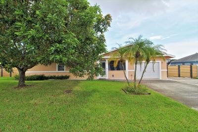 Boynton Beach Single Family Home For Sale: 1216 NW 8th Court