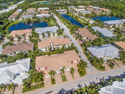 Palm Beach Gardens Townhouse For Sale: 1037 Piccadilly Street