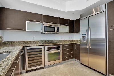 West Palm Beach Condo For Sale: 550 Okeechobee Boulevard #1011