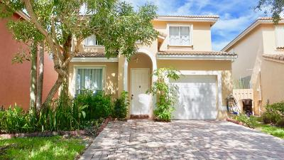 West Palm Beach Single Family Home For Sale: 4477 Lake Lucerne Circle