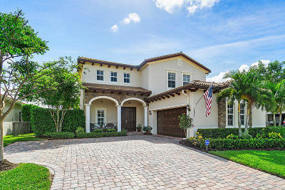 Jupiter Single Family Home For Sale: 151 Castle Island Place
