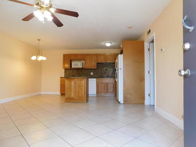 Lake Clarke Shores Single Family Home For Sale: 1755 Forest Hill Blvd #2
