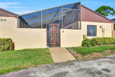 West Palm Beach Single Family Home For Sale: 4838 Sunny Palm Circle #B