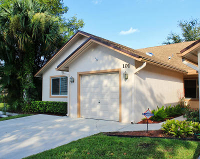 Royal Palm Beach Single Family Home Contingent: 101 Sunshine Boulevard