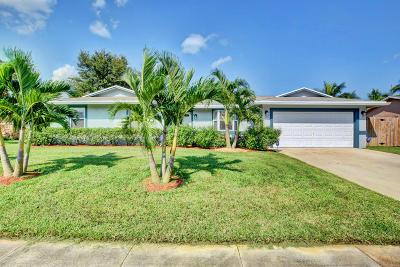 Royal Palm Beach Single Family Home Contingent: 351 La Mancha Avenue
