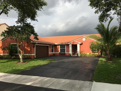 Coconut Creek Single Family Home For Sale: 6213 NW 45th Avenue NW
