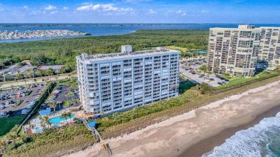Jensen Beach Condo For Sale: 9600 S Ocean Drive #302