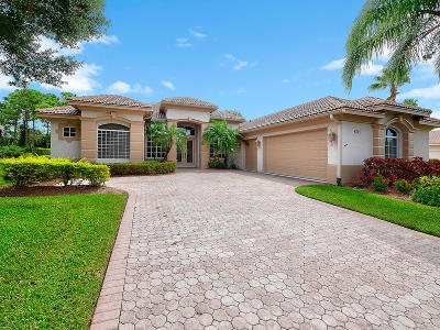 Port Saint Lucie Single Family Home For Sale: 8015 Kiawah Trace