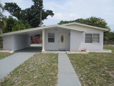 Boynton Beach Single Family Home For Sale: 1440 NW 1st Court