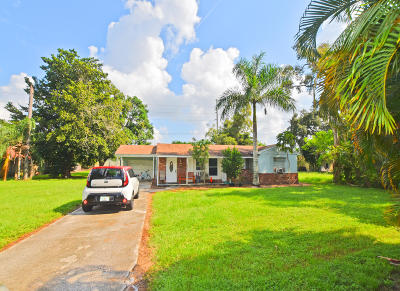 Lake Worth Single Family Home For Sale: 4565 Woodmere Lane