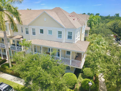 Jupiter Townhouse For Sale: 355 E Thatch Palm Circle #107