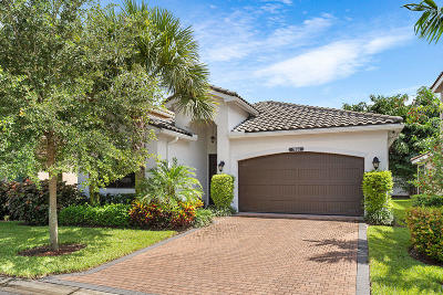 Delray Beach Single Family Home For Sale: 7866 Clay Mica Court