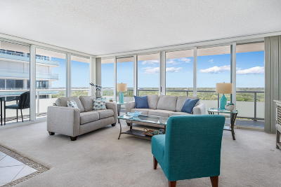 Vero Beach Condo For Sale: 3554 Ocean Drive #1101