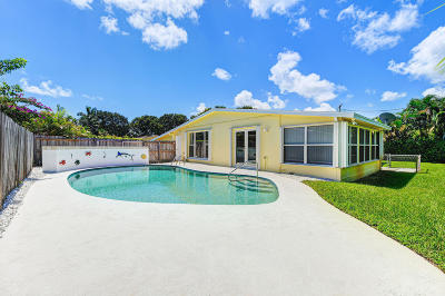 North Palm Beach Single Family Home For Sale: 529 Bay Road