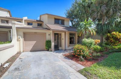 Palm Beach Gardens Townhouse Contingent: 1076 Raintree Lane