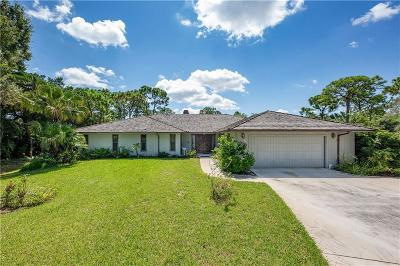 Jensen Beach Single Family Home For Sale: 720 NE Stokes Terrace