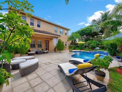 Martin County Single Family Home For Sale: 5600 SW Bellflower Court