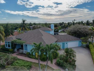 Hutchinson Island Single Family Home For Sale: 115 Queens Road