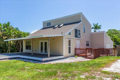 Hobe Sound Single Family Home For Sale: 5723 SE Orange Blossom Trail