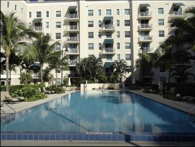 West Palm Beach Condo For Sale: 610 Clematis Street #232