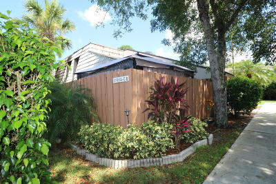 West Palm Beach Townhouse For Sale: 4195 Palm Bay Circle #C