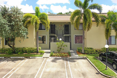 Coral Springs Condo For Sale: 9514 SW 1st Court #20-S