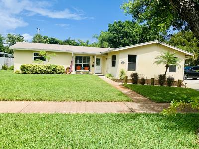 North Palm Beach Single Family Home For Sale: 713 Lighthouse Drive