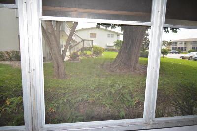 West Palm Beach Condo For Sale: 194 Salisbury #I