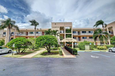 Delray Beach Condo For Sale: 15075 Witney Road #202