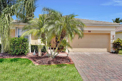 West Palm Beach Single Family Home For Sale: 2686 Paw Paw Cay