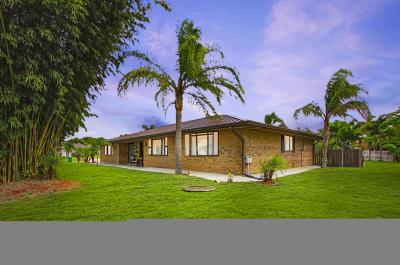 Single Family Home For Sale: 2401 SE Saphire Terrace