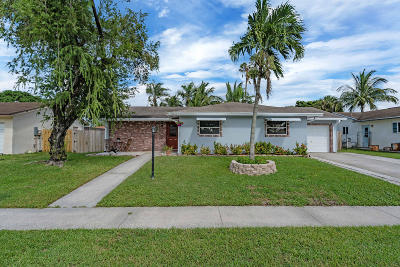 Boca Raton Single Family Home For Sale: 10234 Sleepy Brook Way