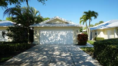 Martin County Single Family Home For Sale: 1627 SW Waterfall Boulevard