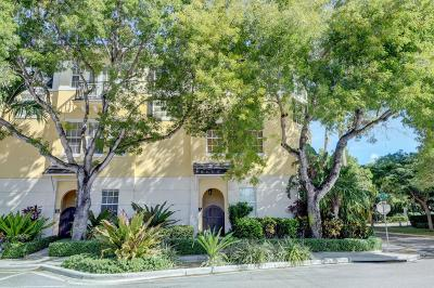 Delray Beach Townhouse For Sale: 285 SE 6th Avenue #B