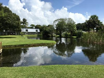 St Lucie County Condo For Sale: 2517 S 17th S Street #202