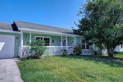 Stuart Single Family Home For Sale: 2407 SE Monroe Street