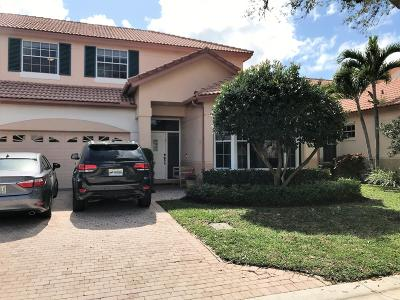 Palm Beach Gardens Townhouse For Sale: 124 Spyglass Way