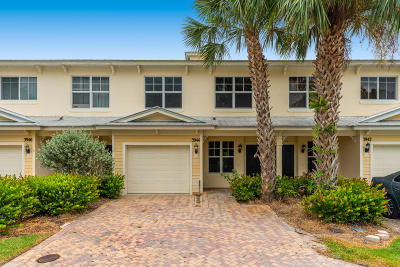 Fort Pierce Townhouse For Sale: 3944 Sabal Way