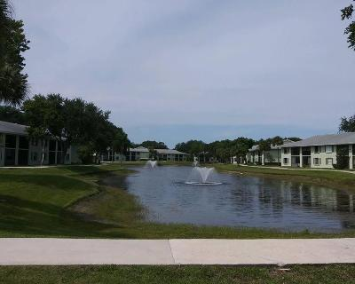 Palm Beach Gardens Condo For Sale: 1201 Sabal Ridge Circle #F