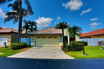 Boynton Beach Single Family Home For Sale: 215 Disc Drive