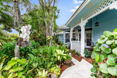 Jupiter Single Family Home For Sale: 19664 Riverside Drive
