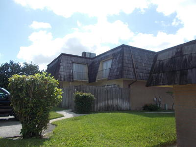 West Palm Beach Townhouse For Sale: 4565 Cherry Road