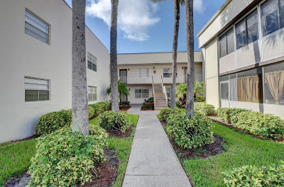 Delray Beach Condo For Sale: 183 Normandy D