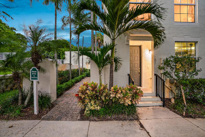 Townhouse For Sale: 787 Street