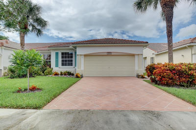 Delray Beach Single Family Home For Sale: 6164 Petunia Road