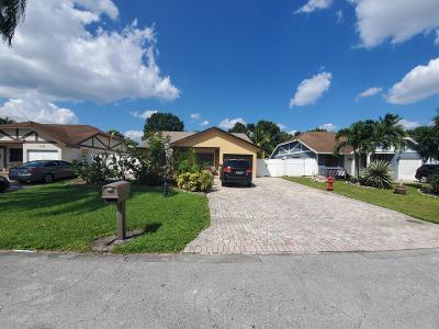 Boca Raton Single Family Home For Sale: 10658 Boca Entrada Boulevard