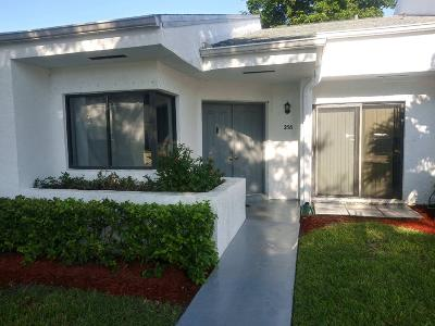 Royal Palm Beach Single Family Home For Sale: 258 Sunshine Boulevard